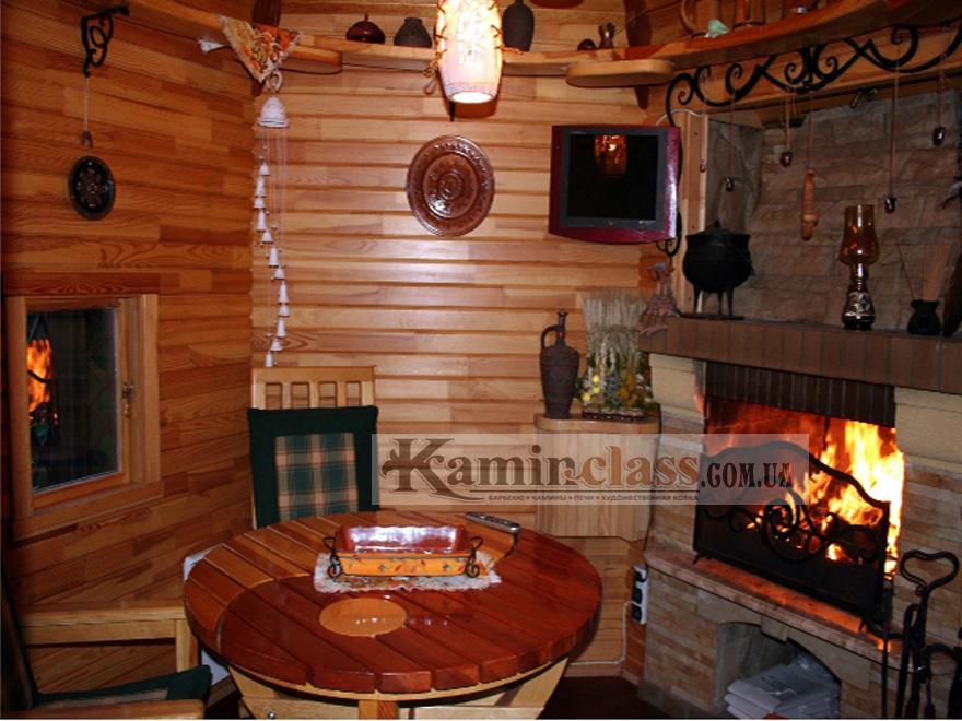 Барбекю в деревянном домике